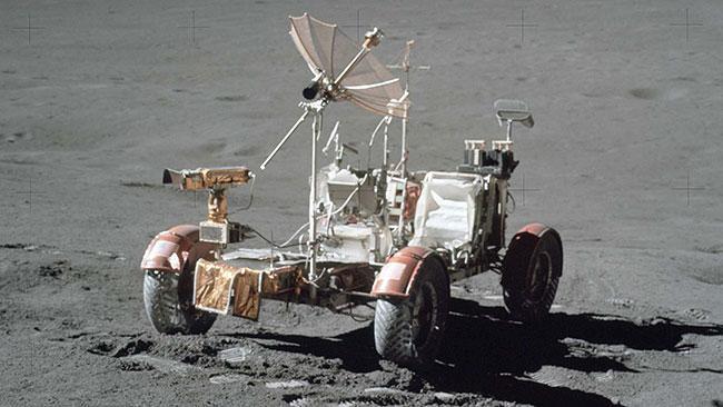 آپولو ؛ اولین خودروی فضایی