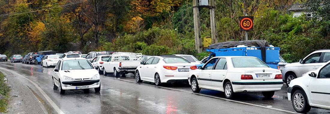 ترافیک در جاده کرج &ndash چالوس سنگین است