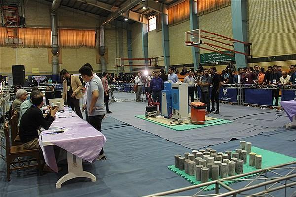 81 تیم در مسابقات ملی بتن در دانشگاه آزاد کرج رقابت کردند