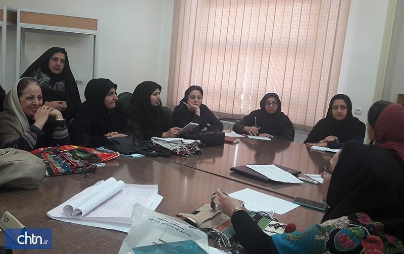 15 دوره آموزشی برای فعالان صنایع دستی استان گلستان برگزار گردید