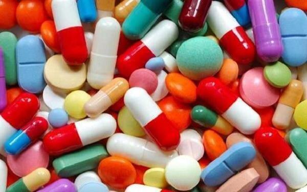 چگونه مسمومیت با دارو را تشخیص دهیم؟
