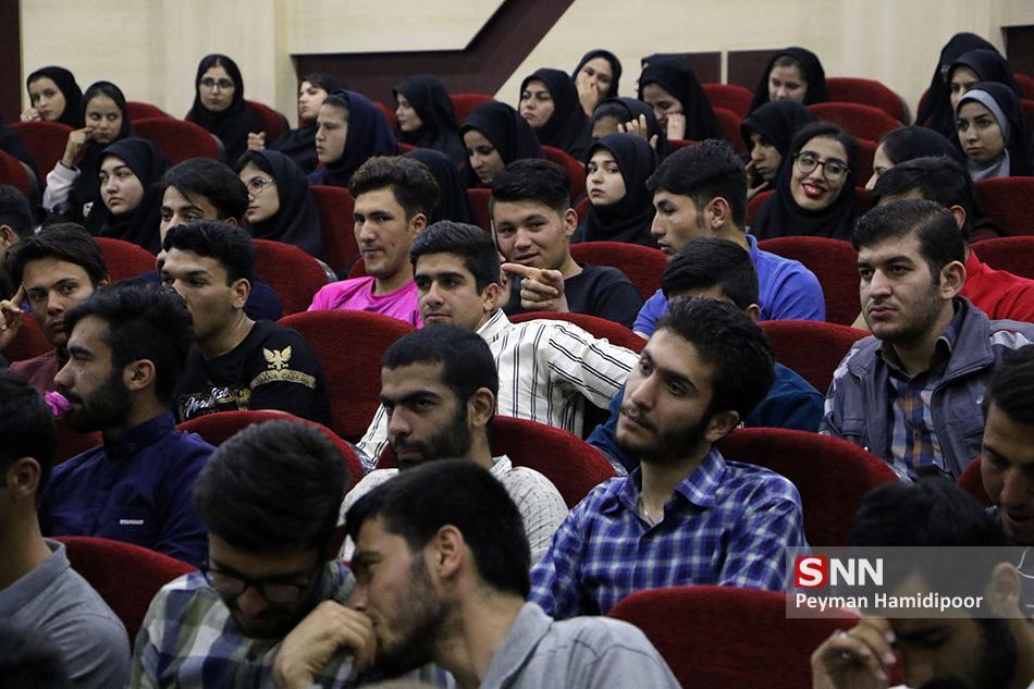 نخستین جشنواره ملی کاریکلماتور به میزبانی دانشگاه سمنان به کار خود انتها داد