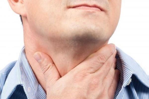 چگونه گلودرد شدید را با روغن های طبیعی درمان کنیم؟