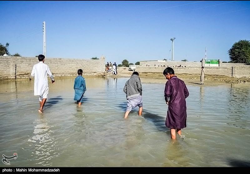 آب باران در بی آب ترین استان ایران بلااستفاده در عمان؛ طرح های آبخوان آرزوی روزانه 150 هزار نفر