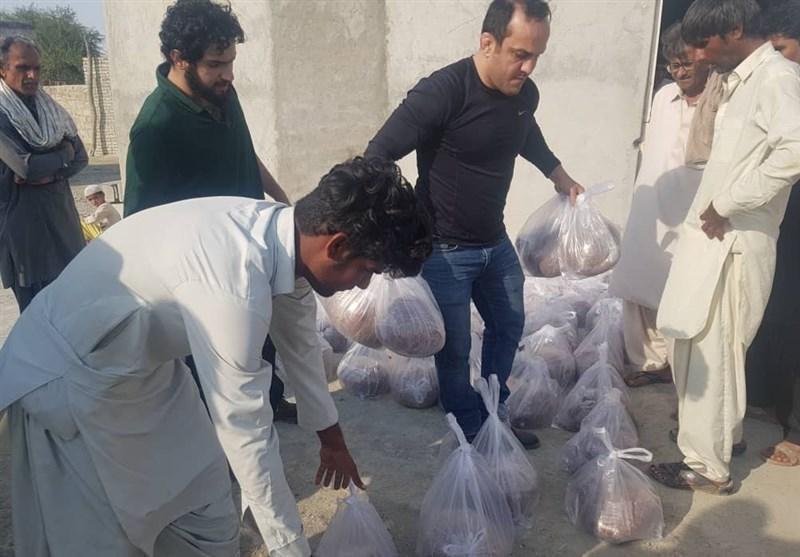 حضور قهرمان سابق کشتی ایران در مناطق سیل زده