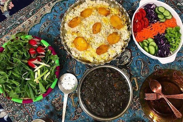 خبرنگاران فرهنگ غذایی ایرانی ها برگ برنده کنترل بیماری کرونا است