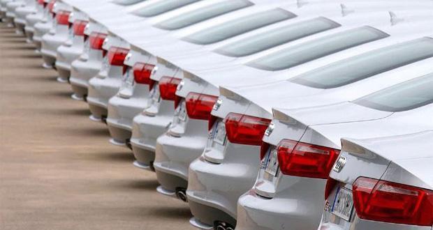انتظار بی نتیجه یک ساله برای تنظیم بازار خودرو، عده ای نمی خواهند خودرو ارزان شود