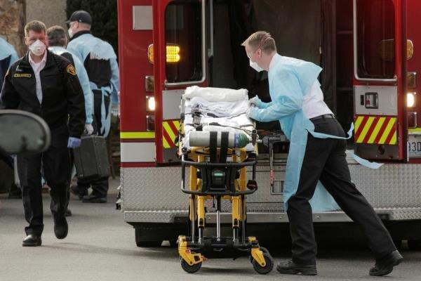قربانیان کرونا در آمریکا به 54795 نفر رسید، 965 هزار و 800 مبتلا