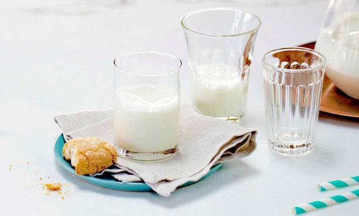روش صحیح نگهداری شیر