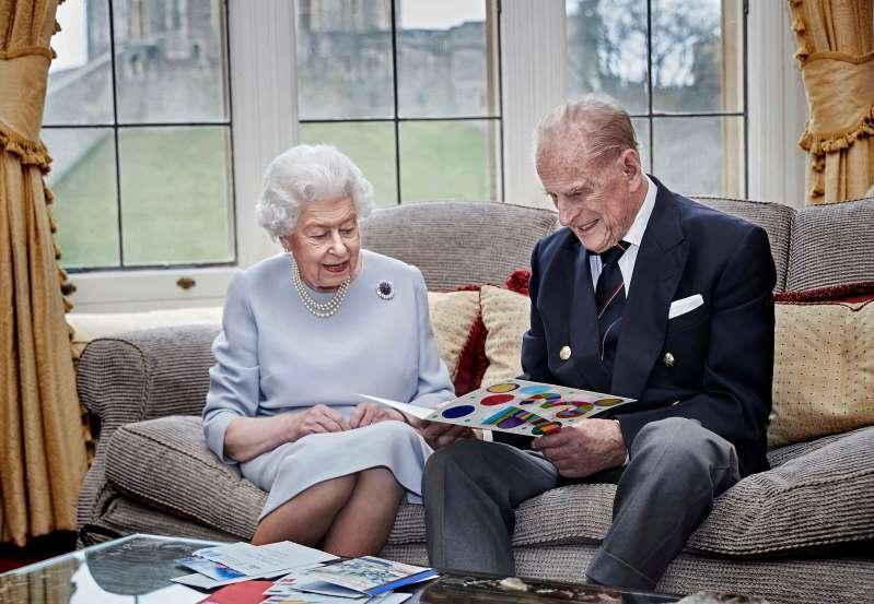 هفتادوسومین سالگرد ازدواج ملکه بریتانیا در قرنطینه خانگی(